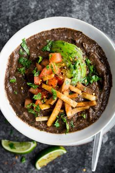 A thick, textured black bean soup that's slowly simmered to be PACKED full of flavour! Soup Recipes, Vegetarian Recipes, Cooking Recipes, Healthy Recipes, Pescatarian Recipes, Skinny Recipes, Recipies, Vegan Soup, Healthy Soup