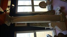 Colonne in pietra - http://achillegrassi.dev.telemar.net/project/colonne-stile-dorico-in-pietra-gallina/ - Colonne stile dorico in Pietra Gallina Dimensioni:  250cm x 40cm x 40cm Ø 30cm