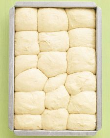 No-Knead Dinner Rolls - Martha Stewart Recipes -- Even beginner-level bakers will have no trouble making these fluffy rolls; the dough can be prepped, put in the pan, and chilled up to a day ahead. let-s-share-recipes Recettes Martha Stewart, Martha Stewart Recipes, Bread And Pastries, Tortillas, Bread Recipes, Baking Recipes, Muffin Recipes, Do It Yourself Food, Bread Rolls