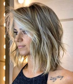 We've hand-picked 40 versatile but equally gorgeous women's haircuts that will really give you a major hair inspiration. You need to know these trends!