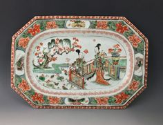 Chinese famille verte 'Pie crust' platter. Kang Hsi period. (c. 1662 to 1722 China)