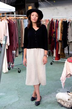 26 Stylish Snaps From L.A. Farmers' Markets #refinery29 http://www.refinery29.com/farmers-market-street-style#slide10 Name: Jessalyn Brooks What She's Wearing: Vintage top, skirt, and hat, vintage Bandolino shoes.