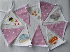 BUNTING red white spotted HEART polka dot SHABBY CHIC 2 METRES hand made party