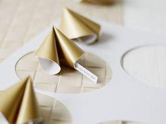 DIY-Anleitung: Glückskekse aus Papier basteln via DaWanda.com