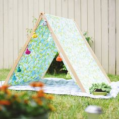 Your kiddos will love this DIY tent.