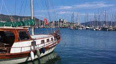 Widok na port i zamek św. Piotra w Bodrum Turcja