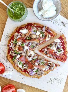 Pizza met gezonde bodem en champignons, ricotta, pesto en ham - Cotton & Cream