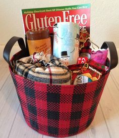 Create a Holiday Guest Basket with Kleenex   Momma Lew