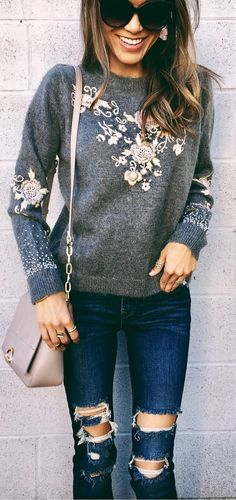40 Outfits That Are Perfect For The Season - We Should Do This