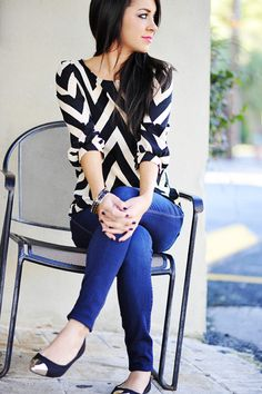 Living The Dream Chevron Top: Black   Hope's- bought the shoes but want the top!
