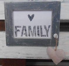 OriginalHomeBySasha / VINTAGE RÁMIK S OBRÁZKOM family
