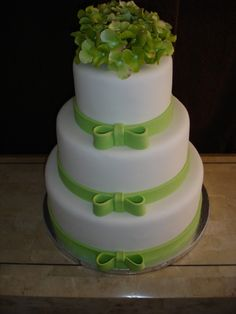 Bows of Green Cake