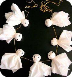 guirnalda de fantasmas con papel