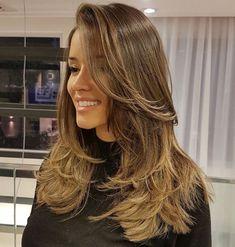 Choppy Feathered Haircut for Long Hair Choppy Feathered Haircut for Long Hair Medium Thin Hair, Short Thin Hair, Long Hair Cuts, Medium Hair Styles, Curly Hair Styles, Thick Hair, Medium Brown, Curly Short, Long Face Hairstyles