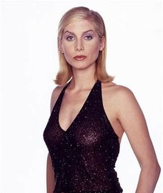 Elizabeth Mitchell, She Movie, Types Of Women, Celebrity Photos, Camisole Top, Beautiful Women, Actresses, Tank Tops, Formal Dresses