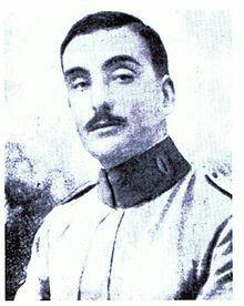 El capitán Salafranca, madrileño de 31 años muerto estando al mando de la posición de Abarrán recibiendo la Laureada de San Fernando