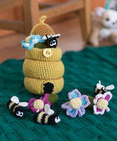 Ravelry: Busy Bees Playset pattern by Megan Kreiner