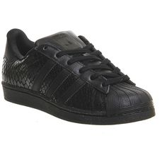 Adidas Superstar 2 (370 PLN) ❤ liked on Polyvore featuring shoes, sneakers, black mono snake, hers trainers, trainers, real leather shoes, snake leather shoes, leather footwear, snake shoes and striped shoes