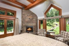 20 (31) bedroom from bed This is how the world's richest woman lives: Christy Walton's Wyoming estate is for sale