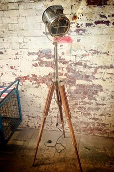 These unique designer lamps are sure to wow your guests. Create a great mood with designer lighting and give your living space a vintage theatrical look. Spotlight Floor Lamp, Country Living Furniture, Cosy Interior, Tripod Lamp, Rustic Interiors, Lamp Design, Contemporary Style, Theatre, Theater