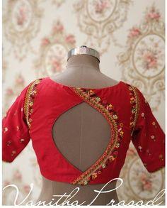 Blouse Back Neck Designs, New Saree Blouse Designs, Fancy Blouse Designs, Blouse Neck Designs, Stylish Blouse Design, Stylish Dress Designs, Shagun Blouse Designs, Designer Blouse Patterns, Pattern Blouses For Sarees