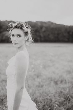 gotta love a bride in a floral crown | With Love & Embers Photography | Bridal Musings