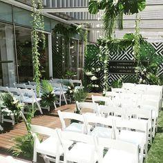 모던+그린.  #modernwedding #tropicalwedding #koreanwedding #destinationwedding…