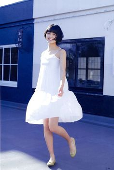 "Yurina Hirate Birthday: June 2001 Nickname: Techi, Hiratechi Yurina Hirate ""Girl To Love"" on UTB Magazine Girl Short Hair, Short Girls, Typical Girl, Beautiful Japanese Girl, Vietnamese Dress, Beautiful Figure, Japan Fashion, Women's Fashion, Girl Crushes"