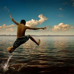 Jump by Faharudin Ahay, via 500px