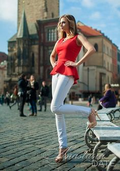 ¡Bienvenido a nuestra galeria de fotos!  Echar un vistazo a la muchacha Republica-Checa Danielа