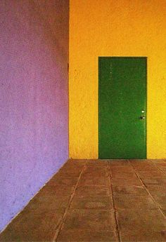 Interior Color. MONDOBLOGO: luis barragan in colour....