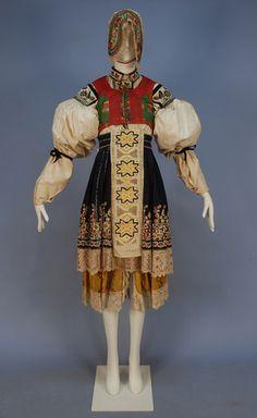 MORAVIAN KROJ or CZECH FOLK COSTUME, 19th-EARLY 20th C.