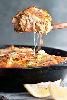 Low Carb Recipes Low Carb Mexican Chicken Casserole - Meal prep for busy weeknights or enjoy with low carb cocktails — there's never a bad time to enjoy this cheesy, crunchy, comforting, warm and delicious low carb mexican chicken casserole! Low Carb Recipes, Beef Recipes, Vegetarian Recipes, Cooking Recipes, Healthy Recipes, Cooking Ham, Low Carb Chicken Recipes, Cooking Turkey, Healthy Food