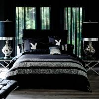 Playboy bed setting in Black - love this and want it!