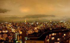 FELIZ ANIVERSÁRIO SAMPA!!! Cartão-postal da cidade, o edifício Terraço Itália propicia ótima vista panorâmica da cidade
