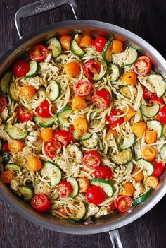 Parmesan Zucchini Tomato Chicken Spaghetti - a delicious Mediterranean pasta toss with basil pesto and lots of grated Parmesan cheese! This easy-to-make Parmesan zucchini chicken pasta is a great recipe for both Summer and Autumn Zucchini Pasta Recipes, Zucchini Tomato, Healthy Chicken Pasta, Chicken Zucchini, Healthy Pastas, Chicken Recipes, Healthy Recipes, Pesto Chicken, Pasta With Zucchini