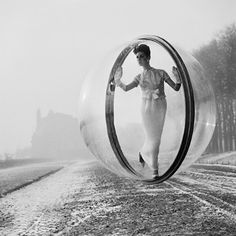 """The iconic """"Bubble"""" series was created by fashion photographer Melvin Sokolsky for the opening pages of Harper's Bazaar in 1963."""