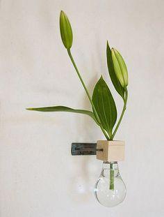 Re-purposed Light-bulb CraftVitamin-Ha | Vitamin-Ha