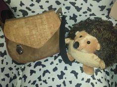 Korková taška je originálnym doplnkom. Autorka: cililing. Artmama.sk