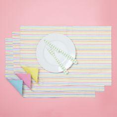 Seersucker Placemat Asst 3 Colors © Twos Company
