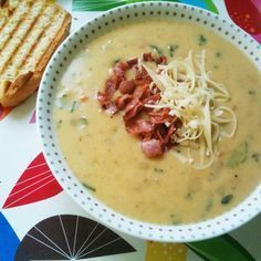 Simple, easy and CHEAP soup for broke-ass niggas like me! Greek Recipes, Soup Recipes, Cooking Recipes, Healthy Recipes, Baby Recipes, Savoury Recipes, Delicious Recipes, Greek Cooking, Cooking Time