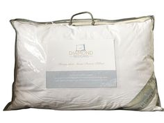 100% Hungarian goose down pillow lavishly filled with natural goose down, sourced directly from Hungary for supreme comfort. Check our luxurious collection here  https://www.diamondbedding.co.uk/products/hungarian-goose-down-pillow