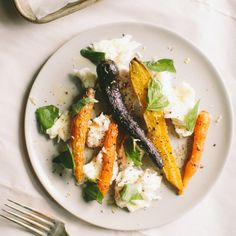 Roasted Rainbow Carrots with Mozzarella and Basil - a fun side or a light dinner!