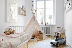 Children's room - Tent - Rutger Fuchsgatan 8A - ESNY