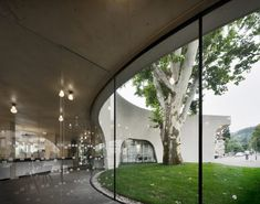 MoDusArchitects presents its recently completed TreeHugger, the new Tourist Information Office building of the city of Bressanone (Bolzano, Italy),. Concrete Building, Concrete Walls, Smooth Concrete, Modernism Week, Tourist Office, Palace Garden, Concrete Structure, Ground Floor Plan, Front Doors
