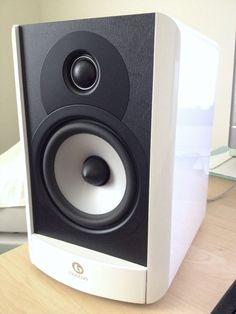 Boston Acoustics A25 Bookshelf Speaker