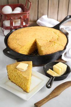 Really Good Southern Cornbread Really really good yellow buttermilk Southern-style cornbread Cornmeal Cornbread, Southern Cornbread Recipe, Homemade Cornbread, Homemade Buttermilk, Southern Recipes, Cornbread Recipe Without Baking Powder, Cornbread Recipes, Jiffy Cornbread, Pretzels