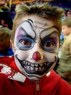 Marcela Murad || creepy clown