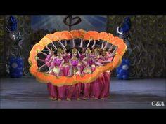 Hallelujah Dance Аллилуйя Роза ветров танец Синяя птица - YouTube Chinese Dance, Praise Dance, Blog Backgrounds, Fun Games For Kids, Dance Videos, Paper Cutting, Cool Kids, Musicals, Christmas Crafts
