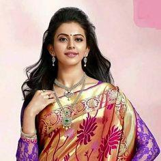 Beautiful Bollywood Actress, Most Beautiful Indian Actress, South Indian Bride, Indian Bridal, Indian Wife, Rakul Preet Singh Saree, Samantha In Saree, Hollywood Actress Photos, Cute Celebrities